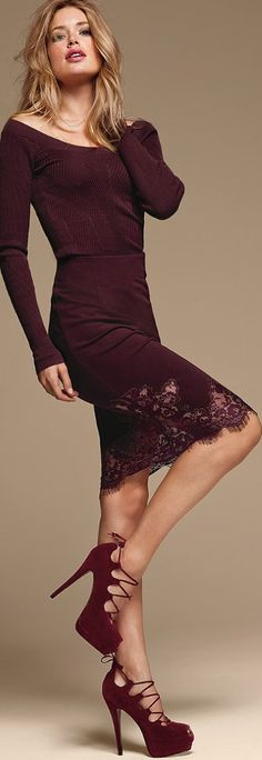 chic - aubergine with lace Doutzen Kroes, Shades Of Burgundy, Burgundy Wine, Burgundy Dress, Burgundy Fashion, Bcbg, Glamour, High Fashion, Womens Fashion