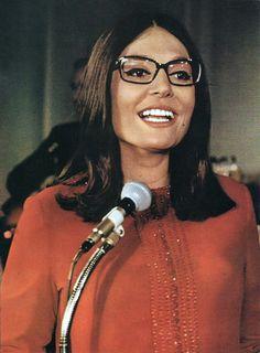 Nana Mouskouri, Greek singer 1970
