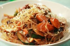 Salteadito: Fideos de algas Kelp noodles and vegetables