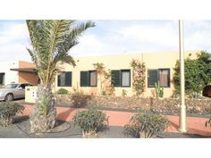 Casa Gilda - 3 Bed Villa for rent in CORRALEJO Fuerteventura sleeps up to 6 from £293 / €350 a week