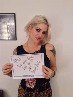 Brody Dalle, Katy Perry Hot, The Distillers, Tv Icon, Women Of Rock, Moving To Los Angeles, Playing Guitar, Rock Bands, Eye Candy