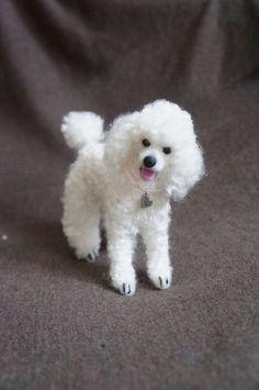 Personalized Your Pet: Needle Felted Poodle Dog Custom Wool Dog Portrait, Felt Animal, Mother's Day Birthday Gift, Miniature Animal, Blythe by #JanetsNeedleFelting on Etsy #poodle #whitepoodle #pet #handmadegift