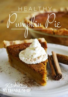 Real food, healthy pumpkin pie recipe: so easy to make, no processed foods! The secret twist in this low sweetener recipe makes the fluffiest pie ever. Healthy Treats, Healthy Desserts, Just Desserts, Delicious Desserts, Dessert Recipes, Yummy Food, Healthy Eating, Healthy Recipes, Holiday Desserts