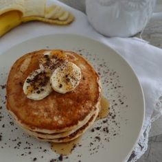 Hot cakes de avena (panquecas saludables & fáciles) Pancakes, Healthy Recipes, Cheese, Breakfast, Food, Gym, Fitness, Healthy Crepes, Healthy Oatmeal Recipes