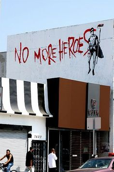 (street art) A Banksy painting in Los Angeles, California. Arte Banksy, Banksy Art, Bansky, Murals Street Art, Street Art Graffiti, Urban Street Art, Urban Art, Banksy Paintings, Urban Decay