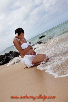 Maternity Photography Makapuu Beach Oahu Hawaii