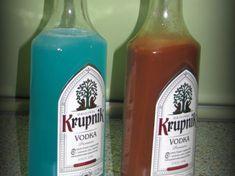 ICEówka, niebieska wódeczka jest to przepis stworzony przez użytkownika AgaSawa. Ten przepis na Thermomix<sup>®</sup> znajdziesz w kategorii Napoje na www.przepisownia.pl, społeczności Thermomix<sup>®</sup>. Ketchup, Vodka, Cocktails, Thumbnail Image, Bottle, Thermomix, Craft Cocktails, Flask, Cocktail