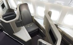 American Airlines Business Class Airplane Seats, Airplane Travel, First Class Seats, Flying First Class, First Class Flights, Airplane Interior, Aircraft Interiors, Futuristic Cars, Cheap Flights