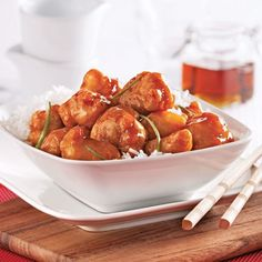 Crispy Chicken with Maple Syrup – Recipes – Cooking and Nutrition – Pratico Pratique Source by margotinne Diet Recipes, Chicken Recipes, Cooking Recipes, Yummy Recipes, Maple Syrup Chicken, Maple Syrup Recipes, Tasty, Yummy Food, Crispy Chicken