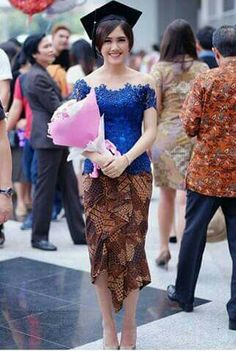 x - New Ideas Kebaya Lace, Kebaya Brokat, Batik Kebaya, Kebaya Dress, Batik Dress, Dress Brukat, The Dress, Kebaya Sabrina, Kebaya Modern Dress