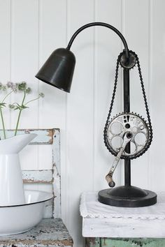 Bicycle gear and chain repurposed into a lamp