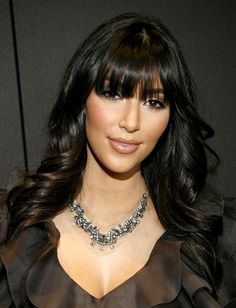 Google Image Result for http://2012-hairstyles.info/wp-content/uploads/2011/06/Long-Hairstyles-With-Blunt-Bangs-01.jpg