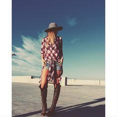 ☼ ☾follow me on instagram: 2turnttori