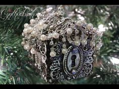 Filigree Gingerbread House Ornament! - YouTube It's a bit long but really it worths the penny!!!!