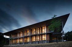 bohlin cywinski jackson builds frick environmental center
