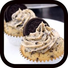 Delicious Cookies And Cream Cupcakes
