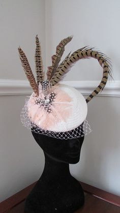 Items similar to Ivory Pillbox - Ladies Day Hat - Kentucky Derby - Ascot - Racing Hat - Wedding Hat on Etsy Ascot Ladies Day, Pill Boxes, Wedding Hats, Kentucky Derby, Headpieces, Fascinator, Ivory, Trending Outfits, Christmas Ornaments