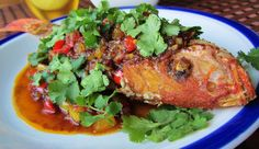 Pla Tod Saam Rod/ Fired Whole Fish with 3-flavored Sauce