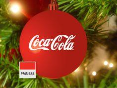 Kerstbal in rood, pms 485, met opdruk Coca Cola, in wit
