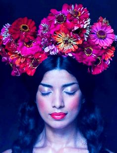 Long down hair with huge Zinnia flower crown bridal hair ideas Toni Kami ⊱✿⊰ Flowers in her hair ⊱✿⊰ corona halo
