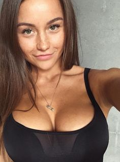 Pics of women showing boobs andbutts