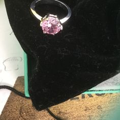 Sparkling bright pink kunzite ring in sterling 8 The stone cut is brilliant, it is a very hard stone and the color is a lovely pink, size 8 Jewelry Rings