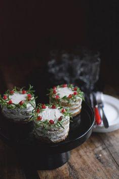 Gott till julens glöggmingel med Saint Agur & kavring - Helena Lyth Best Appetizer Recipes, Best Appetizers, Candy Recipes, Raw Food Recipes, Xmas Food, Breakfast Bake, Nordic Christmas, Christmas Ideas, Diy Food