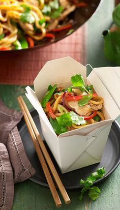 Chicken and Hokkien noodle boxes: Pack your healthy noodles into takeaway-style boxes, available from kitchenware stores and selected supermarkets. Sweet!