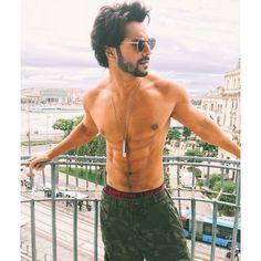 Man he's such a hottie yaaaar. Varun u look sexy and handsome. favourite hero of nisha jangid. Bollywood Couples, Bollywood Stars, Bollywood News, Bollywood Celebrities, Bollywood Actress, Bollywood Updates, Varun Dhawan Body, Alia And Varun, Latest Mens Wear