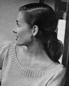 Women's 1940s Vintage Scoop-Neck Blouse -- PDF KNITTING PATTERN ($2.25)