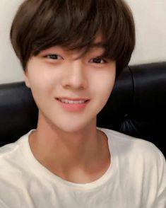 Korean Tv Shows, Woollim Entertainment, Handsome Boys, Boyfriend Material, Line Art, Rapper, Idol, Humor, Wattpad
