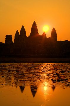 Angkor Wat, Siem Reap, Cambodia - Exquisite. Going here in Jan.  would love to see this light.