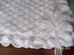 Diy Crafts - Stunning New Hand Knitted Baby Shawl Blanket 36 x 36 Ins Baby Afghan Crochet Patterns, Baby Blanket Crochet, Crochet Stitches, Baby Girl Crochet, Crochet Baby Booties, Knitted Baby, Crochet Cross, Crochet Home, Baby Shawl