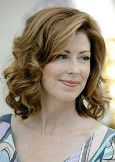 short hairstyle for thick curly hair   attention to those who have frizzy and at the same time wavy hair ...