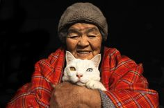 Miyoko Ihara and Fukumaru (the cat)