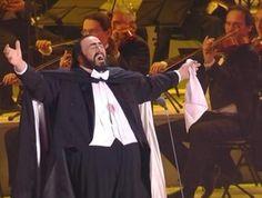 Luciano Pavarotti - Nessun' Dorma | Flickr - Photo Sharing!