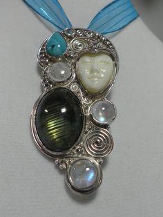 Sajen 925 Elaborate goddess pendant w/ Labradorite, Moonstone & Turquoise P405