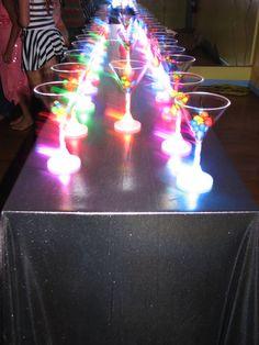 Fun disco night theme! Disco Theme Parties, Disco Birthday Party, Neon Birthday, 50th Party, Disco Party, Party Themes, Party Ideas, Rave Wedding, Rockstar Party