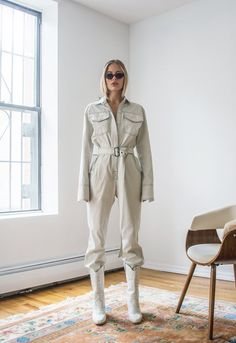 Orseund Iris Workwear Jumpsuit Off-White - XS Mode Style, Style Me, White Jumpsuit, Jumpsuit Outfit, Denim Jumpsuit, White Boots, White White, Mode Streetwear, Fashion Outfits