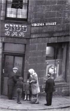 The Snug Bar. Situated at the right hand corner of James Street and Virginia Street. Aberdeen Scotland, West Coast Scotland, Nottingham Pubs, Granite City, City By The Sea, Silver City, North Sea, Vintage Photographs, Old Pictures