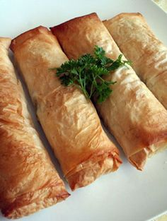 vegan spanakopita!!!!! can't wait to try... looks absolutely delish!