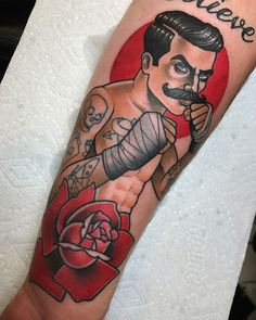 33 Best Ideas Tattoo Old School Rose Vintage Pin Up Traditional Tattoo Boxer, Traditional Tattoo Old School, Traditional Rose Tattoos, Retro Tattoos, Old Tattoos, Tattoos For Guys, Old Women With Tattoos, Boxer Tattoo, Arm Tattoo