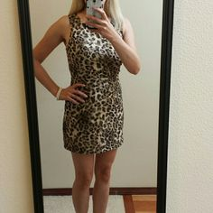 """Leopard print dress Leopard print lace with touches of gold. Flattering and sexy. Model is 5'4"""". Forever 21 Dresses"""
