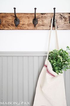 This DIY towel rack is gorgeous! The rustic finish and strong, sturdy hooks make this a perfect coat or towel rack for any space. Great step-by-step tutorial, too! maisondepax.com