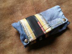 Portatabacco jeans copertone bici riciclato porta cartine filtri artigianato di robafattamman su Etsy