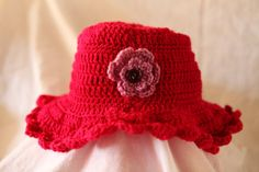 Crochet winter or cloche hat, retro, vintage style, with broad floppy brim, teens and woman, brim hats https://createdforyouandme.etsy.com