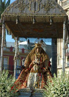 Virgen de los Reyes en Sevilla. Sevilla Virgen de los Reyes. Festividad de la…