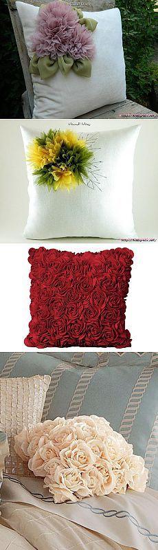 Красивые подушки с цветочным декором.