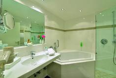 Die Badezimmer der Seehaus Superior Zimmer