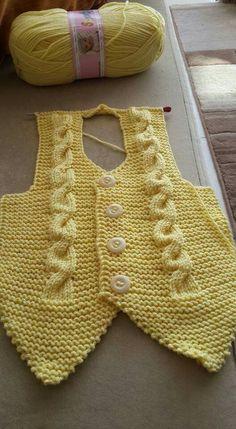 Knitting For Men Easy Knitting Patterns, Knitting Stitches, Free Knitting, Baby Knitting, Crochet Patterns, Knit Baby Sweaters, Knit Vest, Baby Dress, Knit Crochet